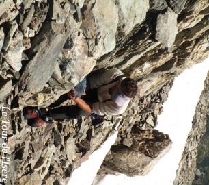 Pat dans l'activité si nécessaire en haute montagne : récupérer de l'eau de fonte !