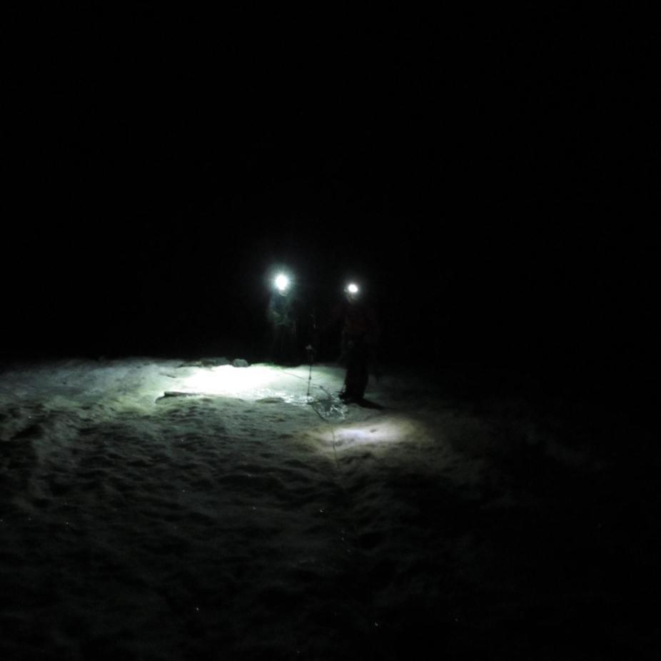 marche d'approche sur le glacier du vallon de la pilatte, sous la barre des Ecrins