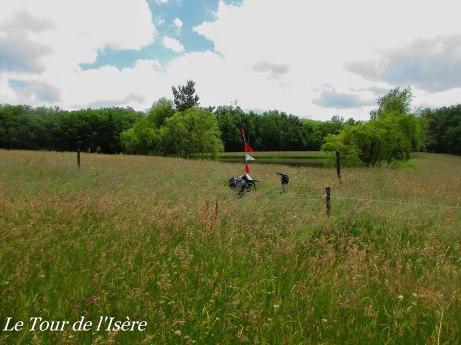 Une frontière pas toujours simple à suivre à vélo... Mais qu'est-ce que c'est beau !