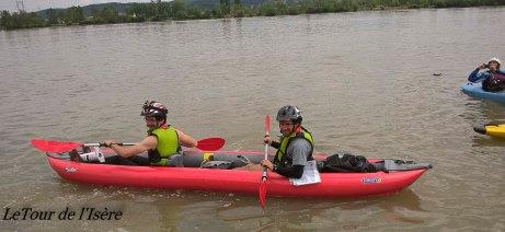 Le duo de choc dans leur kayak gonflable !