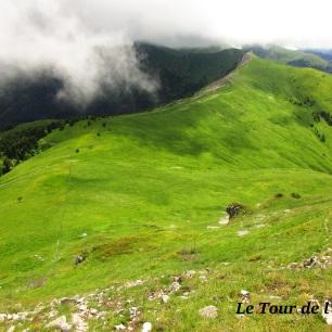 Des montagnes merveilleuses... Quand elles sortent des nuages !